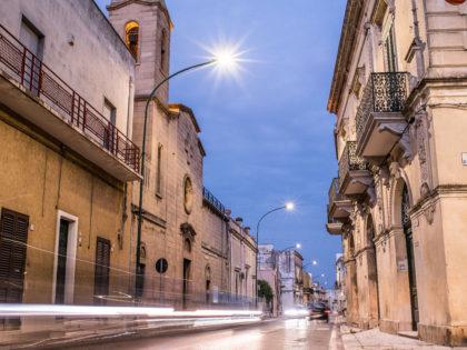 Illuminazione Stradale<br />Prodotto: Guida S, Guida M<br />Prov. Lecce, Italia | 2015