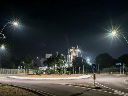 Illuminazione stradale<br />Prodotto: Guida M<br />Prov. di Lecce, Italia  |  2015