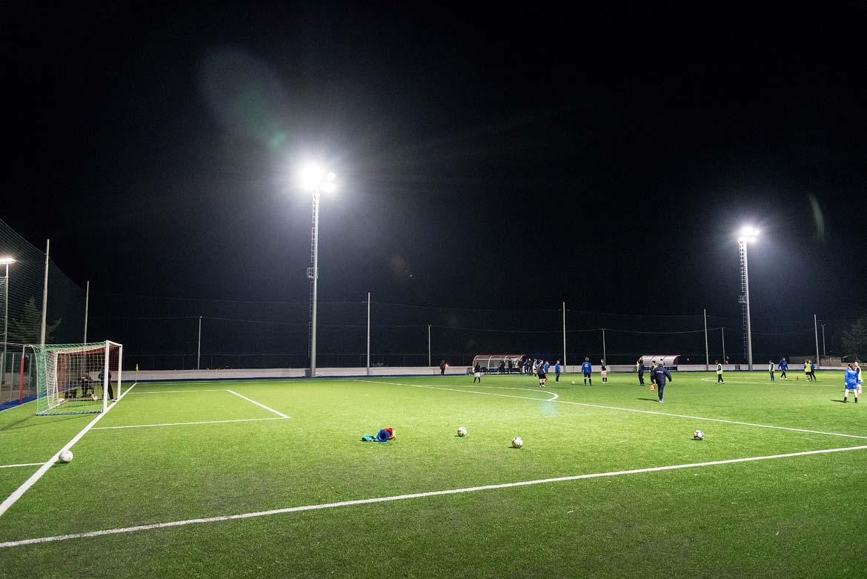 Illuminazione campo da calcio trani ba italia niteko